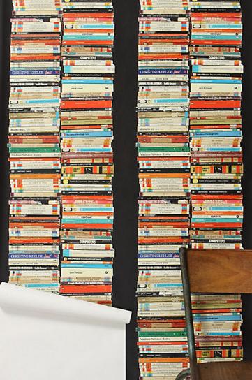 Modern Chic Wallpaper - Penguin Classic's Paperback Books