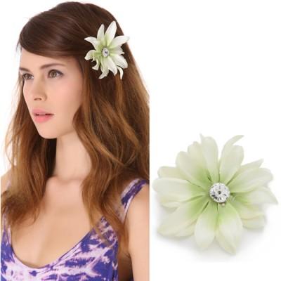 Elegant White Flower Barrette Dauphines New York
