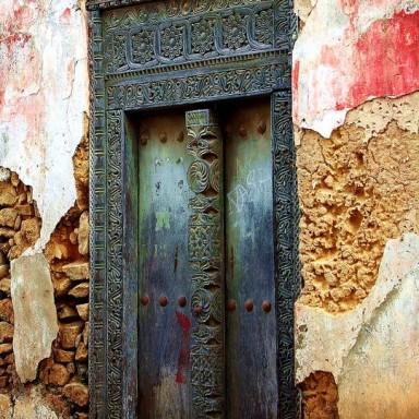 9 Instagram Worthy Old Front Doors From Europe