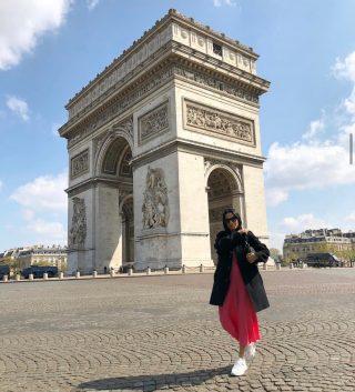I wasn't raised I was built ✨ #marieantoinette 📸@gioshots - @it.mania Zara slip dress @chanel brooch @dior saddle bag @Chloe kicks - #arcdetriomphe #paris #france #cdg #slipdress #chanelbrooch #diorsaddlebag